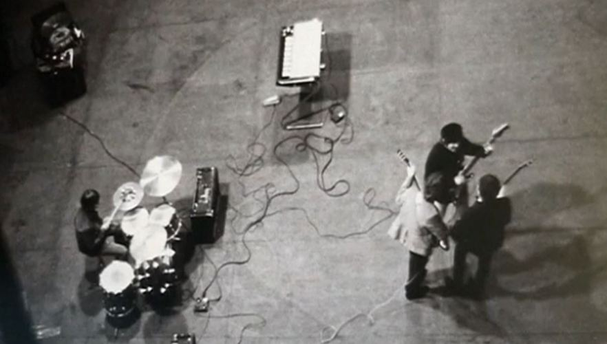 Black Stratocaster2