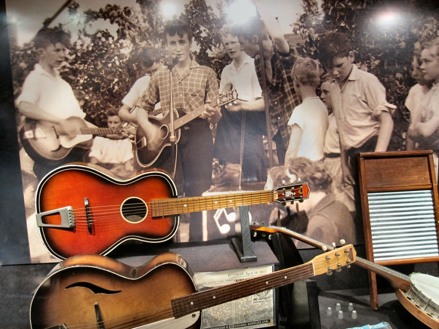 imageslike.com-large-music-the-quarrymen-plus-their-instruments
