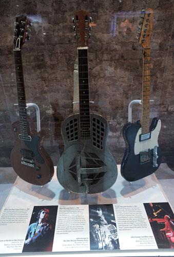 John-Lennon-exhibition-Jo-008