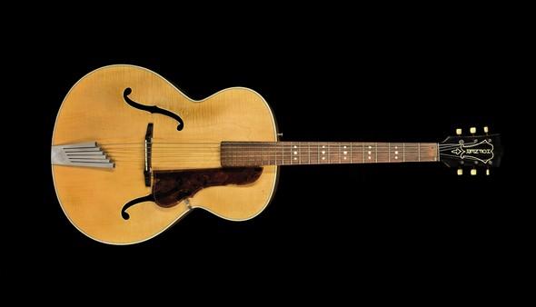 mu_john-lennon-guitar-hofner_01