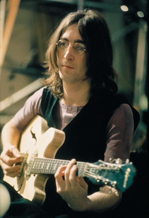 「john lennon guitar in studio」の画像検索結果